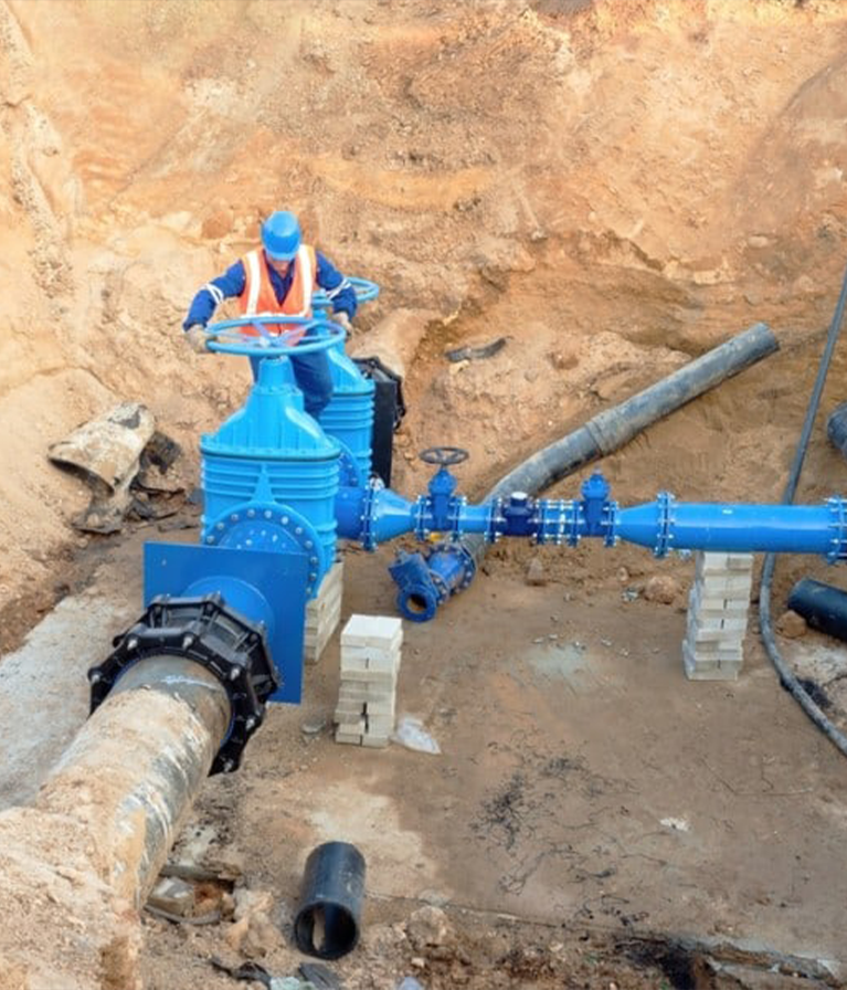WATER MAINS SPECIALIST PIPE REPLACEMENT MOLING AND LEAD PIPES